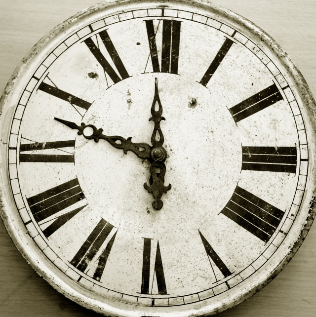 roman-numeral-clock-face