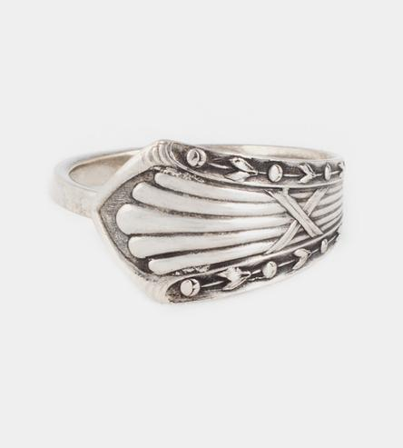 Buds-Ridges-Spoon-Ring-kimberlin-1423594508
